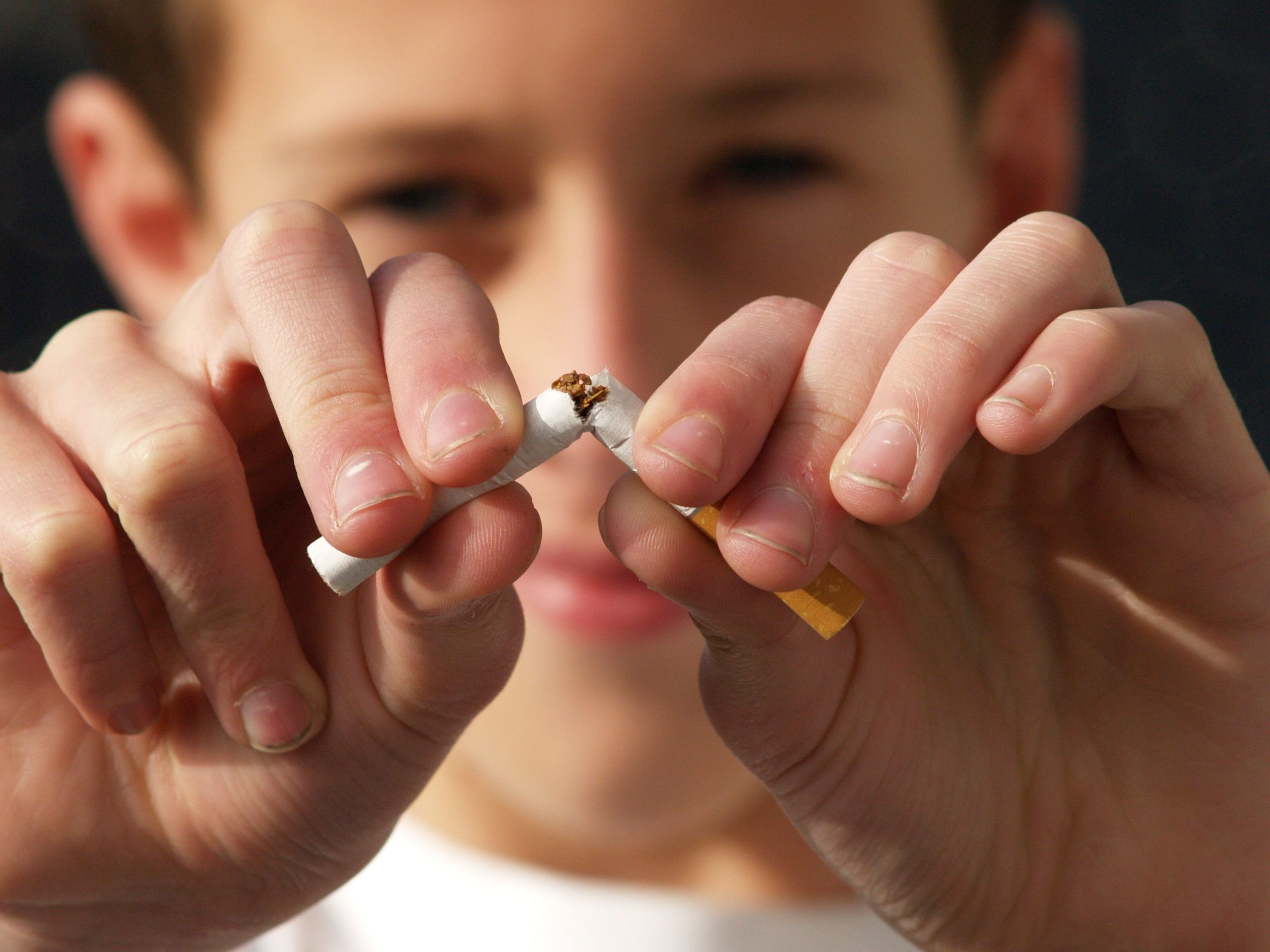 West Allis WI Dentist | Tobacco & Your Teeth: The Risks of Chewing and Smoking